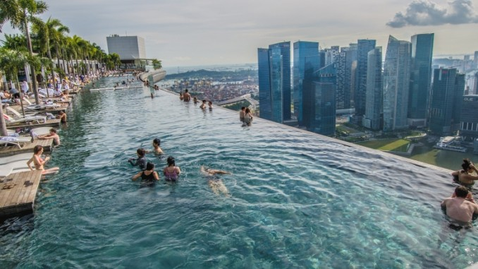 marina-bay-sands-pool