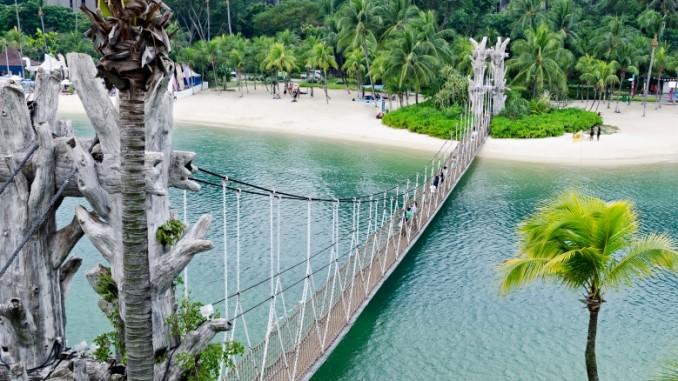 palawan-beach-sentosa